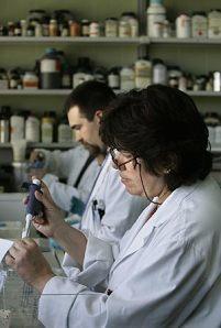 cientificos-trabajando